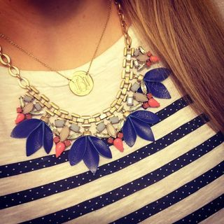 Add a pop of color with turquoise stones with the Fashionable Malia Statement Necklace. Find this statement necklace & more with Stella & Dot.: