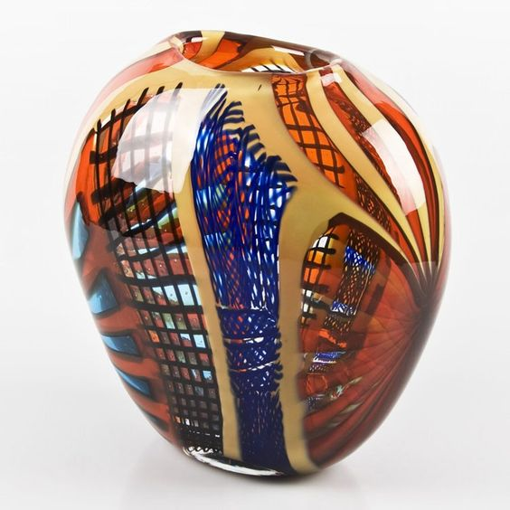 JUPITER by GAMBARO & POGGI Modern red Murano glass vase.