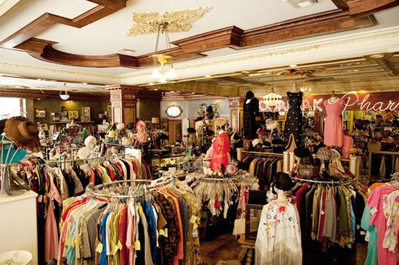 It S Official These Are The Best Vintage Stores In L A Vintage Clothes Shop Vintage Outfits Womens Fashion Vintage