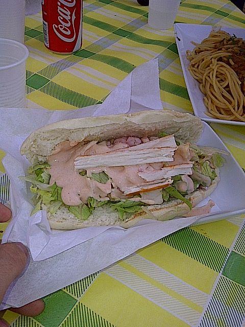 sferracavallo, palermo, italia, #panino #gamberetti #polpadigranchio #salsarosa #lattuga