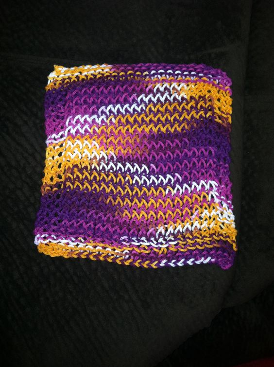 Knitting Dishcloth For Beginners : Loom knitting and dishcloth on pinterest