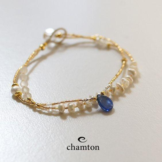 カイヤナイト×淡水パール×ムーンストーン・ゴールド二連ブレスレットb0513の画像1枚目