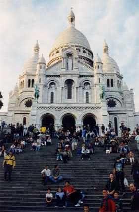 Siguiendo los pasos de Amelie.   Sacre Coeur, Montmartre, Paris, France