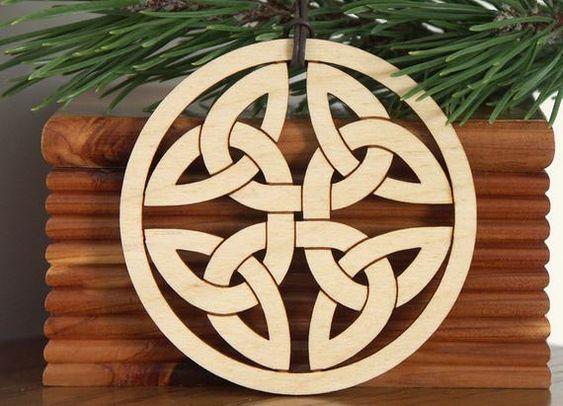 Wood Celtic Knot Ornament Woodcut Hanging Decoration Celtic Knot Celtic Designs Carving Designs