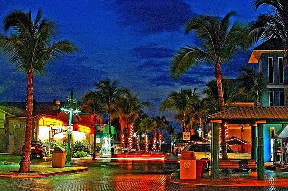 Time Square - Fort Myers Beach, FL....  Search like a #RealEstate Pro, download free app: http://mobility.re/u/ABVxt/flhome78 … or Text FLHOME78 to 32323. #FortMyersBeach #Beaches #Florida #FortMyers #CapeCoral #Naples #Realtor #Homes #HomeBuying #Housing