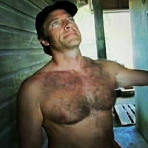 Mike Rowe of Dirty Jobs... Sexy Hunk of a Guy
