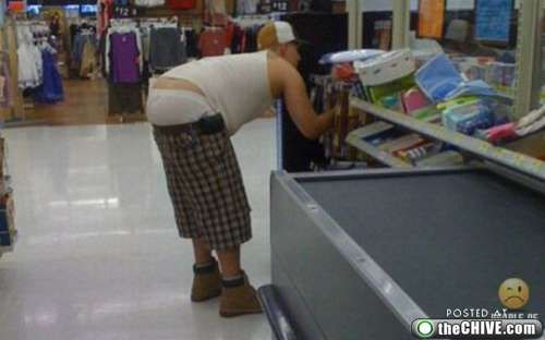 Sexy Walmart Shoppers | ... shoppers, look at yourself (35 Photos) » funny-walmart-shoppers-7
