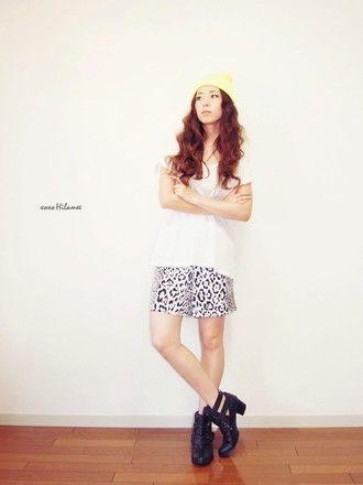 t-shirt shoes hat shorts xoxo hilamee