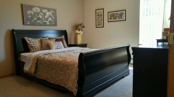 Our Riverview Apartments in Stevens Point got a model makeover the other day! Check it out & Great Job Tami!