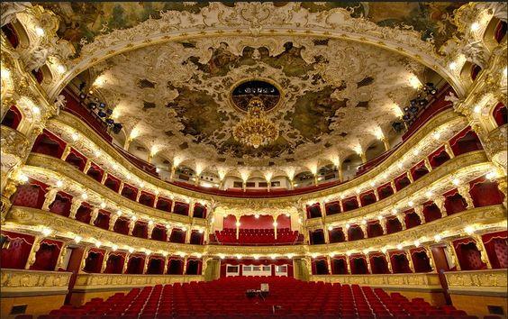 The Prague State Opera   photo: Marc Haegeman flickr