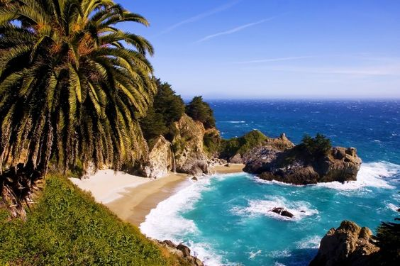 10 Stops You Must Make on Your Road Trip Up the California Coast