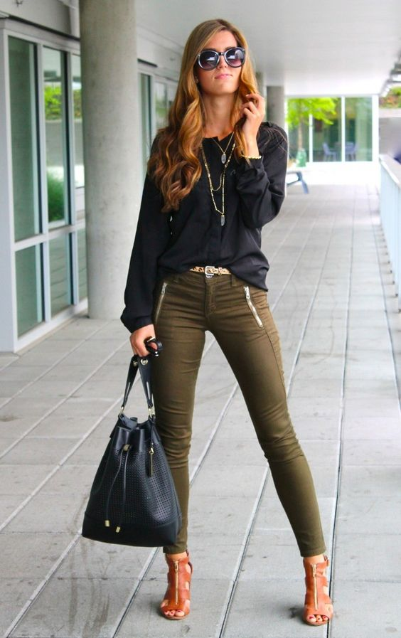 chic style black blouse + skinny trousers: