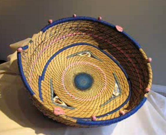 Handmade Pine Needle Baskets : A pine needle basket handmade
