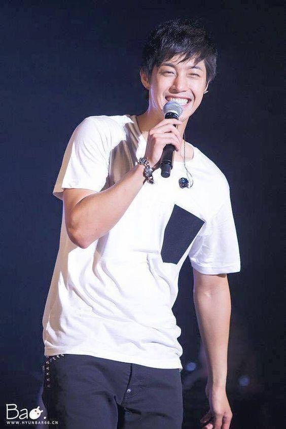 Kim Hyun Joong 김현중 ♡ laugh ♡ grin ♡ happy ♡ Kpop ♡ Kdrama ♡ リダ!