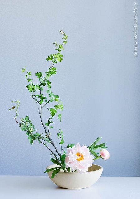 Basic upright style, moribana