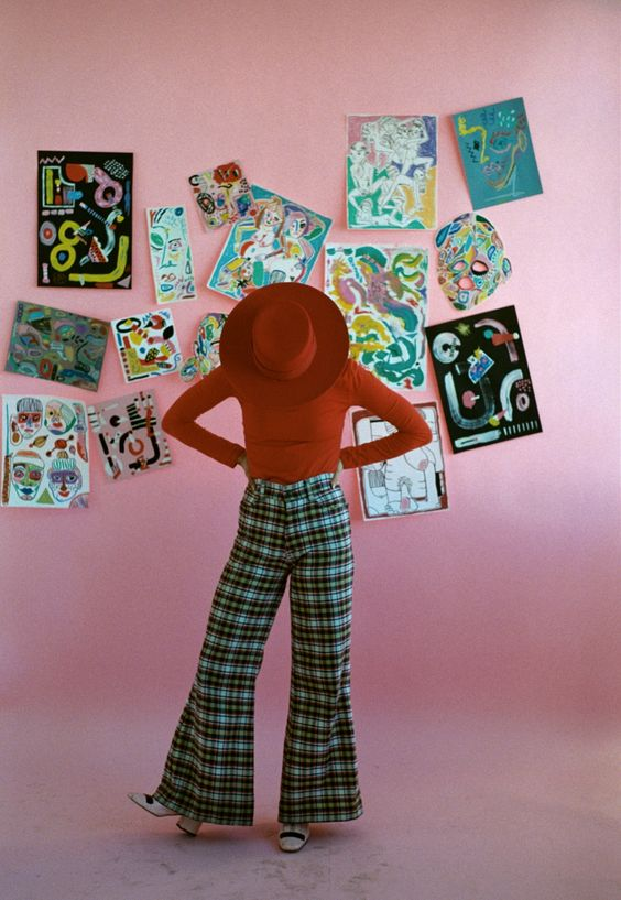 oystermag:  Artist Miranda Makaroff Creates Good Vibes On The Internet And IRL