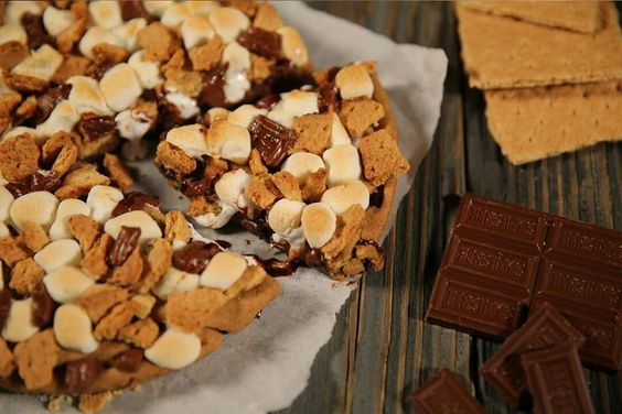 Pizza Hut Smore pie