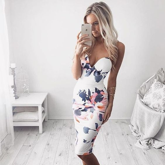 Amazing dress 😍 @kirstyfleming