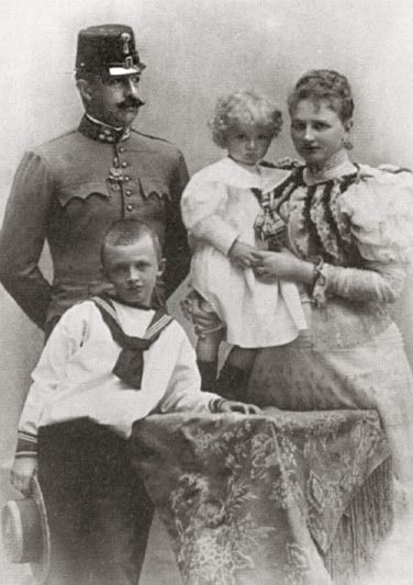 The family of Archduke of Otto of Austria-Hungary, including front left, Archduke Carl (future Emperor Karl of Austria-Hungary). Late 19th century.