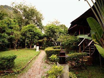 Railay Phutawan Resort, 1 Moo 2, Aonang, Muang, Krabi, TH 81000.  $56.80 average per night.