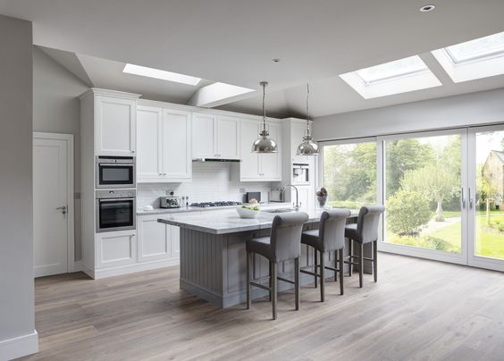 Contemporary kitchens contemporary kitchens dublin for Kitchen cabinets ireland
