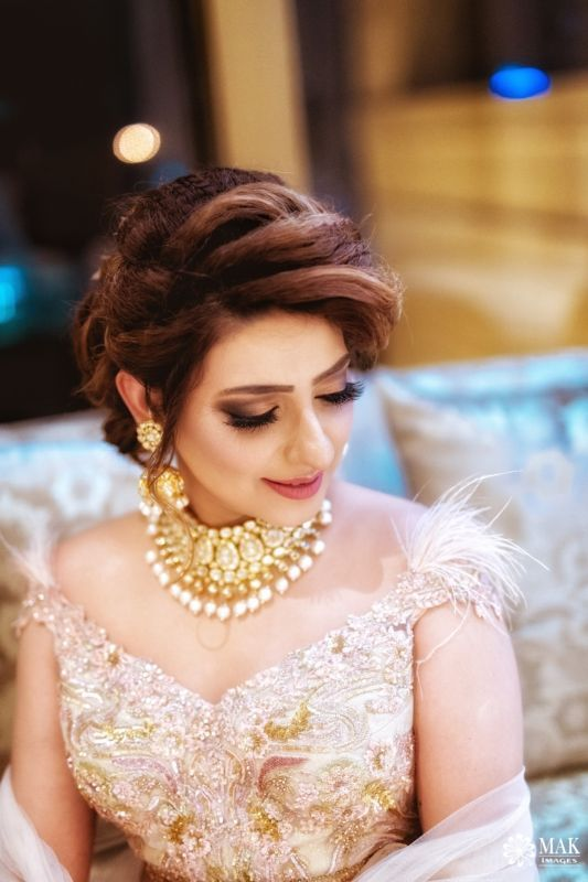 70 Best Bridal Hairstyles For 2020 Indian Brides Bridal Hair Buns Bridal Hairstyle Indian Wedding Indian Bride Hairstyle