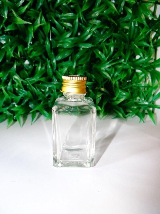 Frascos de vidro 30mL com tampa dourada (com furo) para aromatizadores.