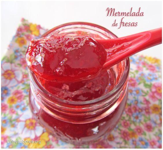 Mermelada de fresas. A la pimienta rosa y a la vainilla.