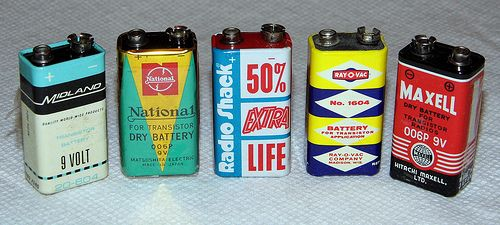 Vintage 9V Transistor Radio Batteries - Midland, National (Matsushita), Radio Shack, Ray-O-Vac and Maxell.