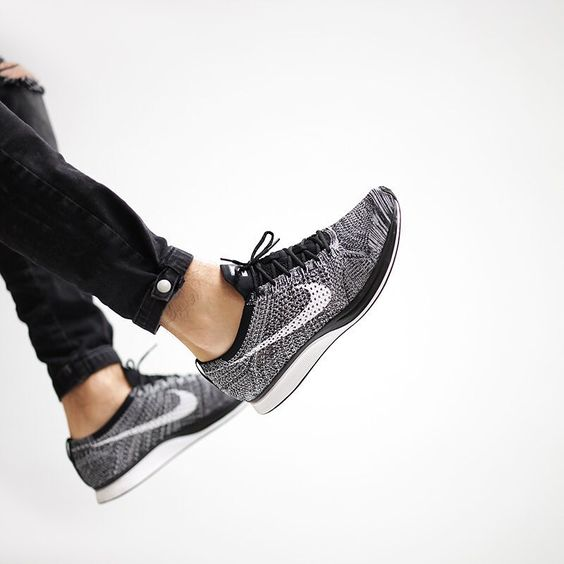 nike flyknit racer oreo coole sneaker pinterest. Black Bedroom Furniture Sets. Home Design Ideas