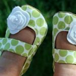 More cute shoes with free instructions :)  Going to have to go get some material