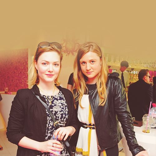Sarah and Emma Hiddleston, they are beautiful just like their brother! :)