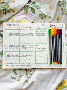 Hello August!! 🍎 Getting ready for this semester to start with a new monthly…