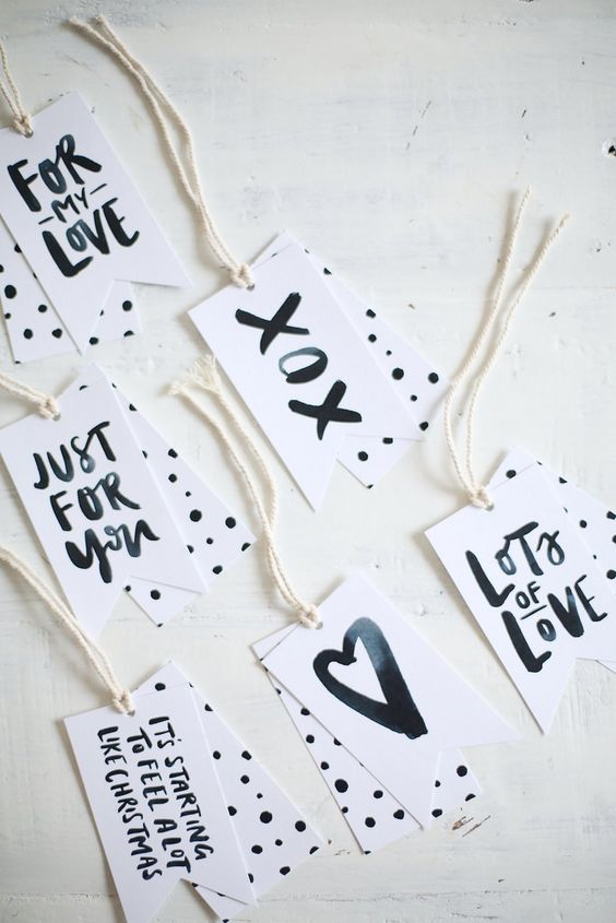 Free printable a pair & a spare and Jasmine Dowling gift tags