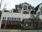 http://www.dakarealty.com/for-sale-by-owners/mls-10062-house-and-lot-alpha-executive-homes-talisay-city-cebu/