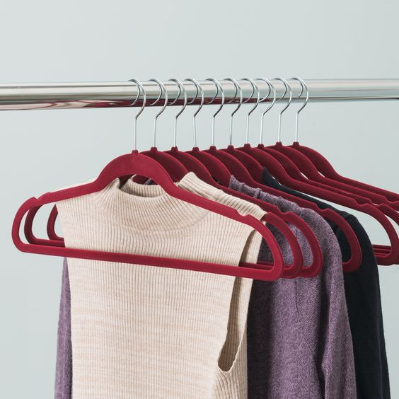10 Easy Ways To Keep Your Dorm Room Organized And Space Efficient