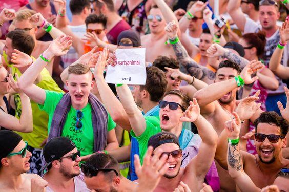 Novalja Party Paradise  #zrce #novalja #otokpag #inselpag #partybeach #summer #festival #zrcebeach #croatia #kroatien #hrvatska #beach #partyurlaub