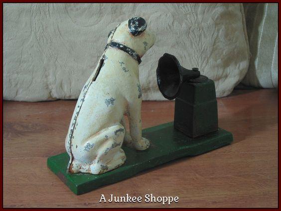 RCA VICTOR Gramophone Logo Nipper Dog His Masters Voice Cast Iron Coin Bank Junk 978  http://ajunkeeshoppe.blogspot.com/