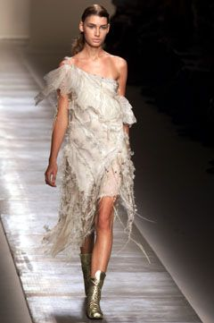 Julien Macdonald for Givenchy Spring 2002 Couture