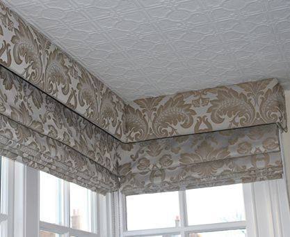 Roman blinds for square bay windows – plan carefully for a stunning result