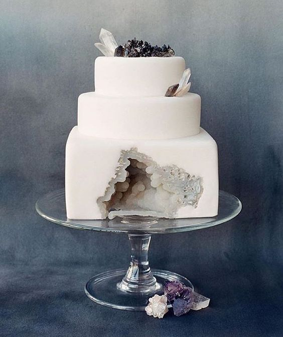 """""""This is the bomb though  I mean, what's not to love?! ❤️ Cake ✔️ Gemstones ✔️ #Regram the amazing @solstice_bride  Credits: @_emilyriggsbridal +…"""""""