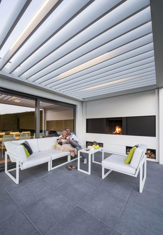 Moderne terrassengestaltung  Gemütliche und moderne Terrassengestaltung mit Renson ...