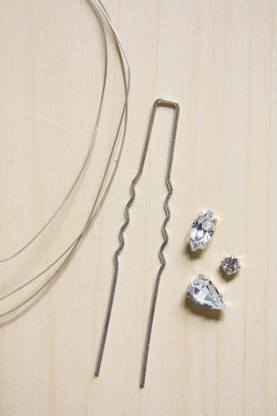 Diamante-Hair-Pins-DIY-Tutorial-1.jpg (600×900)