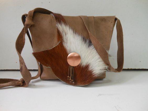 Leren tas met koe en koper. JANET Handgemaakte tassen op FB.
