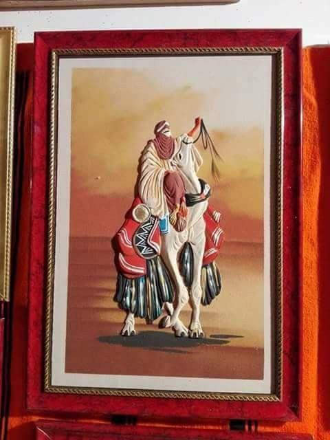 لوحات فنية بأنامل جزائرية تحف فنية صنعت برمال الصحراء الجزائرية Algeria Zelda Characters Character Art