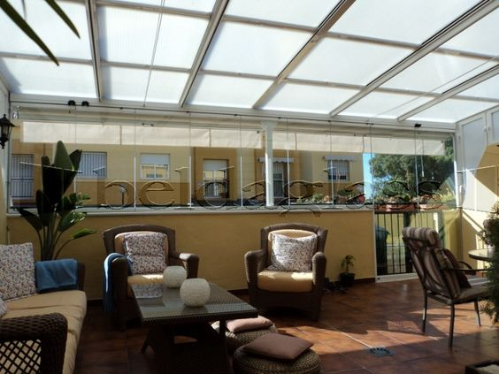 Cerramiento de terraza compuesto de techo movil deslizante for Techos de terrazas