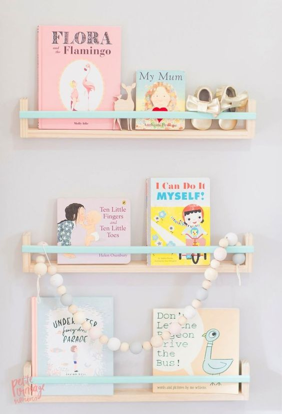 mommo design: LOVELY SHELFIE: