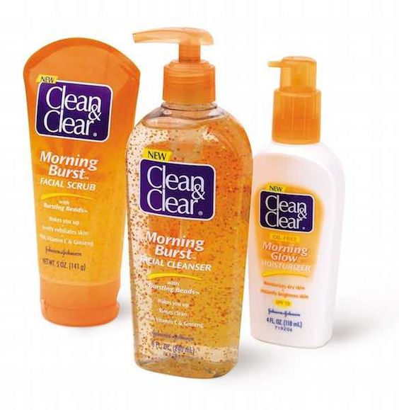 Save $1.00 On Any ONE CLEAN & CLEAR Product with this Printable Coupon!