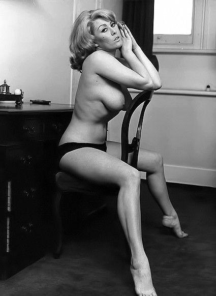 Lesbian retro vintage nude women