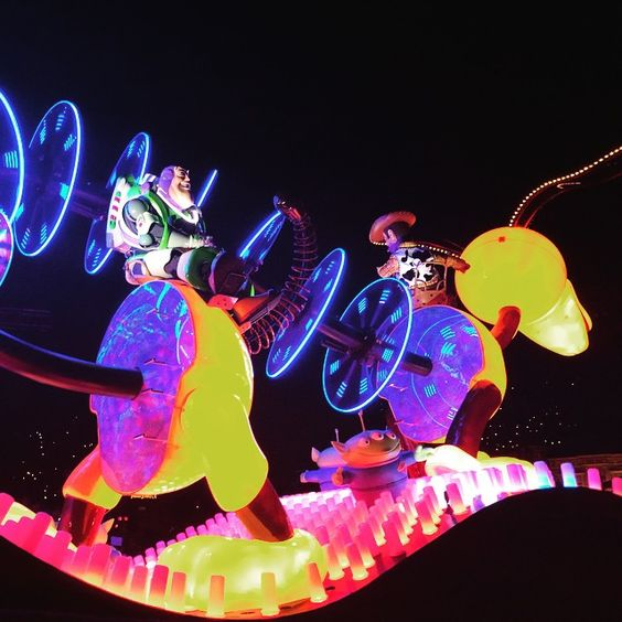 Buzz & Slinky. #Disneyland60 #PaintTheNight